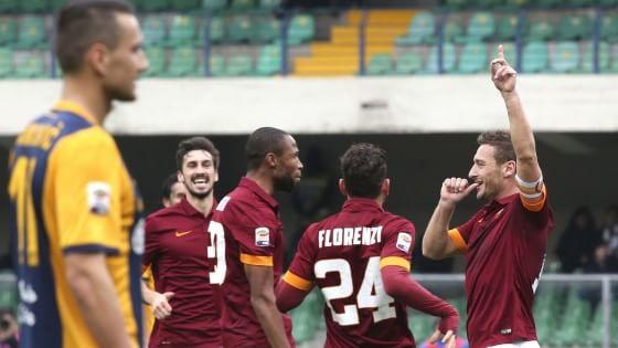 Verona-Roma 1-1: Totti non basta, la Juve scappa a +9