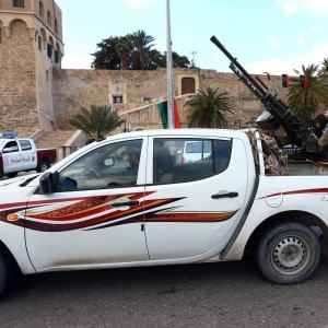 Libia, il governo di Al Thani bandisce le aziende turche