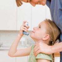 Asma dei ragazzi, il fattore di rischio si nasconde in casa