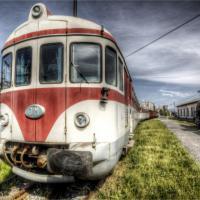 Pistoia, passeggiando tra la ruggine nel cimitero dei treni