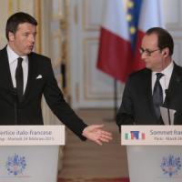 "Vertice Italia-Francia, Hollande: ""Rafforzare Triton"". Renzi: ""Peacekeeping lontano in..."