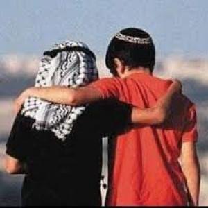 Israeliani e palestinesi, dove l'esercizio del dialogo prende il posto del pensiero per la vendetta