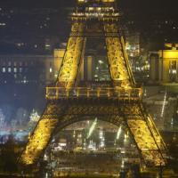 Il mistero dei droni su Parigi, la polizia indaga sui nuovi avvistamenti