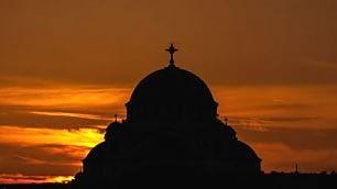 Belgrado, dall'alba al tramonto