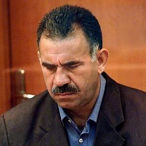 Turchia, il leader curdo Ocalan invita il Pkk a deporre le armi