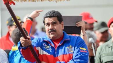 Venezuela, Maduro contro gli Usa   video   Restrizioni per diplomatici americani