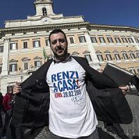"""Le urla di Salvini spaventano Forza Italia. Ncd: """"Berlusconi scelga, o noi o la Lega"""""""