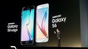 S6 e S6 Edge, smartphone top Samsung è più metal /   Foto