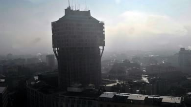 A Milano inquinamento 34 volte  oltre i limiti: nel 2015 è già fuorilegge