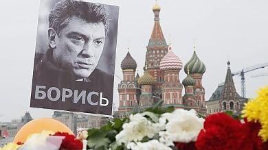 """""""Telecamere sul ponte in riparazione"""" Tutti i misteri del caso Nemtsov"""