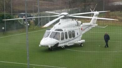 Arezzo, l'elicottero del premier -   foto   costretto ad atterraggio di emergenza