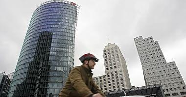 Germania, boom delle vendite Borse in rosso con Wall Street