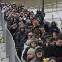 """Nemtsov, in migliaia per la camera ardente. Navalnyj: """"Ucciso per ordine di Putin"""""""