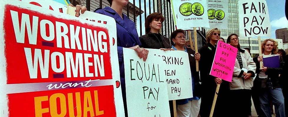 Gap anche sugli stipendi: in Europa gli uomini guadagnano il 16% in più delle donne
