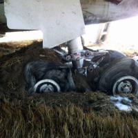 Kathmandu, scoppia ruota del carrello: Airbus manca la pista e atterra di muso