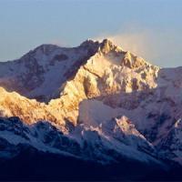 Nevicata record sull'Himalaya, salvati due alpinisti italiani