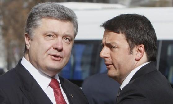 """Renzi a Kiev, colloquio Russia-Ucraina con Poroshenko: """"Vogliamo rispetto della sovranità"""""""