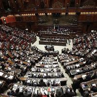 Riforma Senato, Forza Italia rinuncia ad Aventino ma voterà contro ddl Boschi