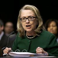 Hillary Clinton, si allarga lo scandalo delle mail. E spunta il caso Bengasi