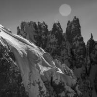 Fotografi e freerider: scatti spericolati sulle Dolimiti