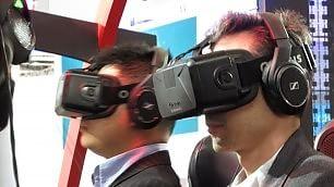 """L'invasione dei visori """"È la realtà virtuale"""""""