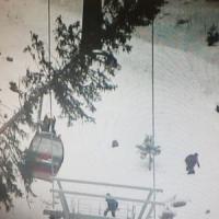 Maltempo, tre morti. Albero si abbatte su funivia, in Val Gardena salvati 200 sciatori