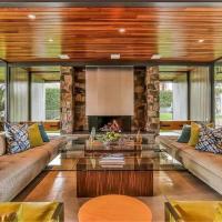 DiCaprio, in affitto la villa a Palm Springs: 4500 dollari a notte
