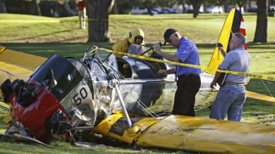 Harrison Ford ferito in incidente aereo guasto meccanico al velivolo   foto   -   video     Audio  La richiesta di aiuto all'aeroporto