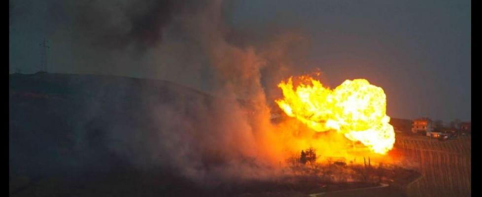 Maltempo: frana su gasdotto, tre esplosioni in Abruzzo. Chiusa la A25 per neve