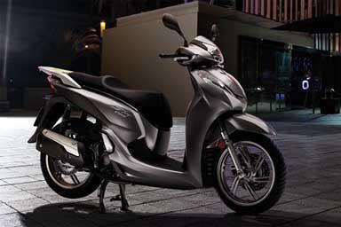 Debutto a Motodays per il nuovo SH 300i Abs 2015