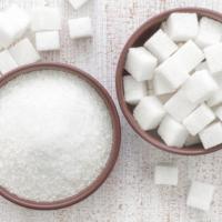 """E ora lo zucchero diventa il nuovo nemico. Raccomandazione dell'Oms: """"Dimezzate le dosi"""""""