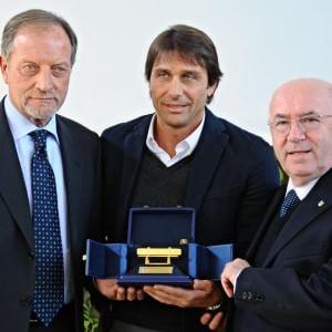 Calcio, panchina d'oro ancora a Conte: ''La mia Juve sarebbe a +20''