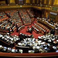 Trasformismo in parlamento, 235 cambi di casacca in meno di due anni
