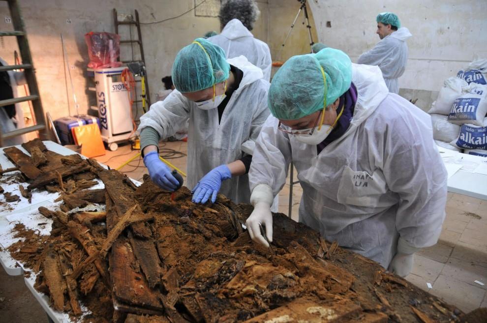 Madrid, gli esperti annunciano: le ossa ritrovate sono di Cervantes