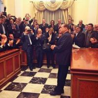Berlusconi assolto, festa con i parlamentari: le immagini da Twitter