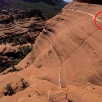 Arizona, in bici sul sentiero ad alta quota: la pedalata è da brividi