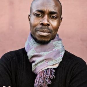 L'artigiano 'Muranero' dal Senegal a Venezia. Così soffia il vetro tra l'Italia e l'Africa