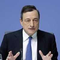 Draghi: 'Eurozona si sta riprendendo ma non si culli sugli allori'