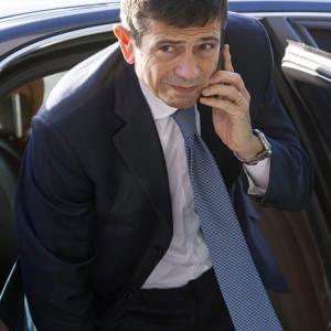 """Il patto tra il ministro Lupi e Incalza: """"Per te faccio cadere il governo"""". E a suo figlio, Rolex, vestiti e lavoro"""