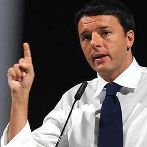 """Renzi agli allievi della Polizia: """"Dopo riforma non ci saranno cinque forze"""""""