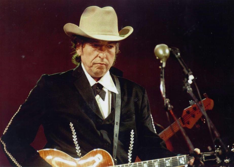 Live in Italia, Bob Dylan fa quaterna: San Daniele del Friuli, Roma, Lucca, Torino