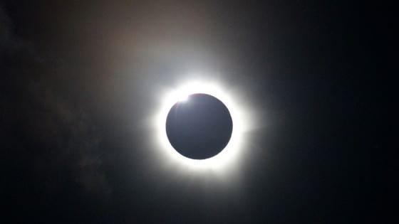 Un'eclissi di Sole annuncia l'arrivo della primavera