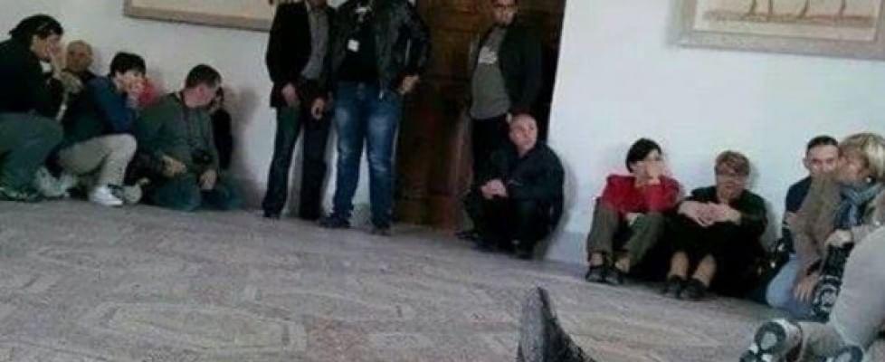 Tunisi: terroristi sparano nel museo. 4 italiani morti. Blitz libera gli ostaggi, 17 i turisti uccisi