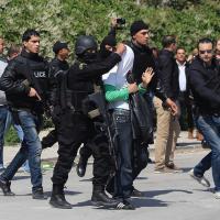 Tunisi, attacco al museo: l'arresto del presunto attentatore