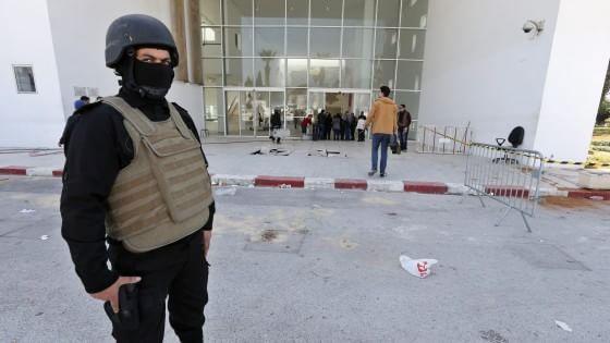 """""""Presto avrete gioie dalla Tunisia"""". Quei segnali nella rete trascurati dai servizi di sicurezza"""
