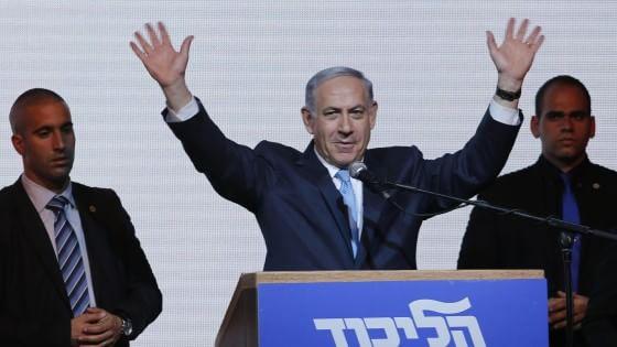 """Israele, Netanyahu apre ai palestinesi: """"Voglio due Stati, se cambiano circostanze"""". Obama lo chiama"""