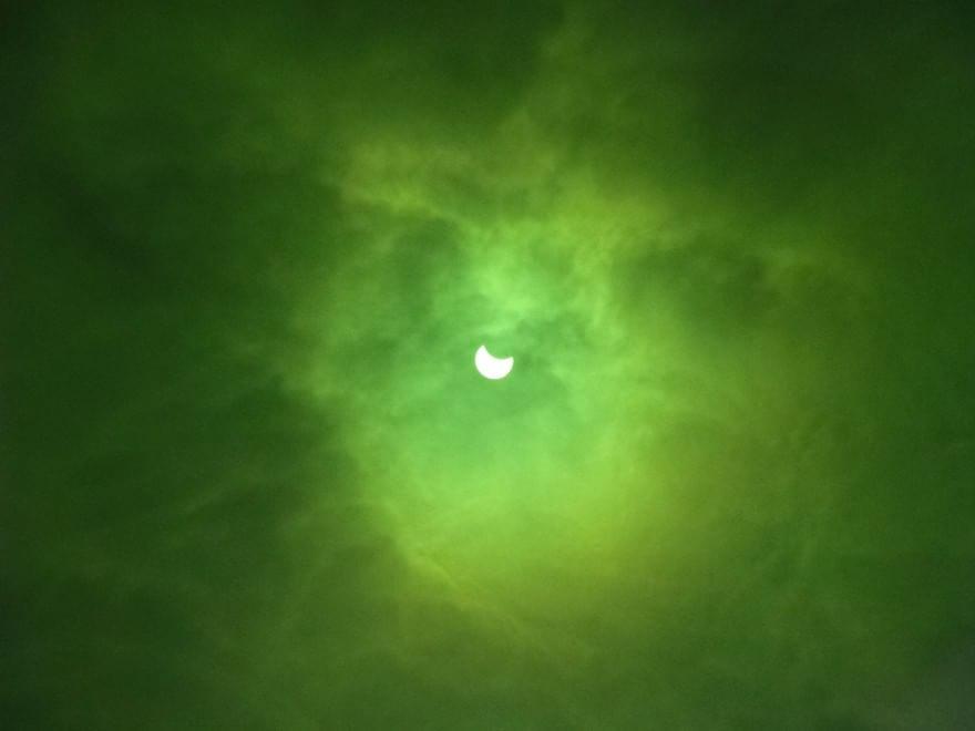 Eclissi di sole, le foto dei lettori / 11