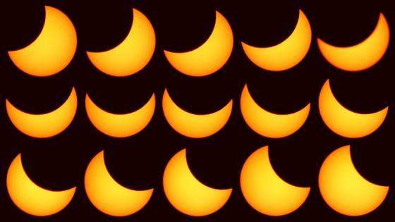 """Primo giorno di primavera e """"Sole nero"""", Italia col naso all'insù per l'eclissi"""