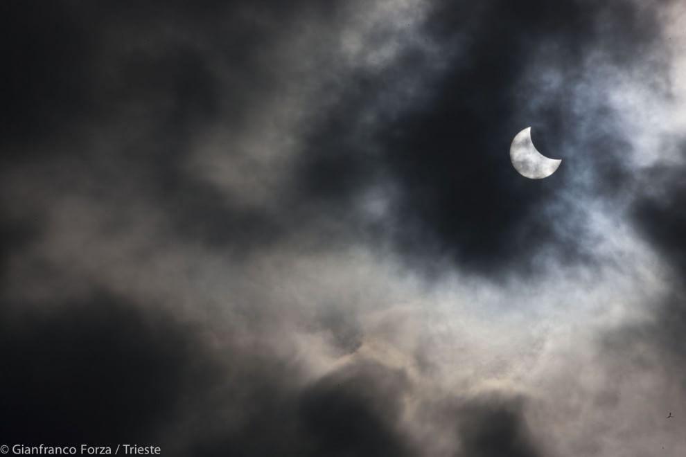 Eclissi di sole, le foto dei lettori / 23