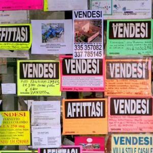 """Bankitalia gela il mattone italiano: """"Non tornerà più ai livelli degli anni Novanta"""""""
